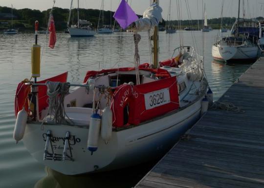 27FT Cutlass yacht